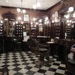 Où se situe le Barbier de Disneyland Paris ?